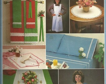 "Vintage Leisure Arts ""Crocheted Edgings"" Leaflet"