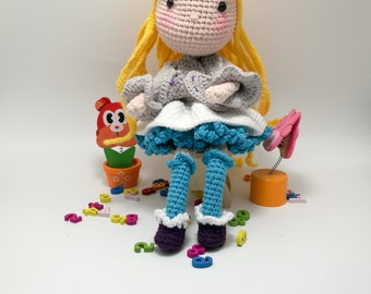 Amigurumi Doll Pattern / Crochet Doll Pattern /PDF pattern/Crochet toy for Goldilocks PDF