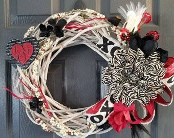 "16"" Valentines Day Wreath"