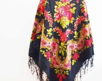 Vintage Russian wool shawl - Piano shawl -Black floral shawl with fringes