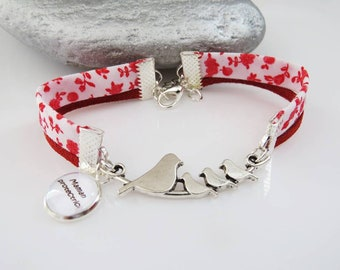 """Bracelet liberty red flower to give a """"protective mother"""" mothers"""