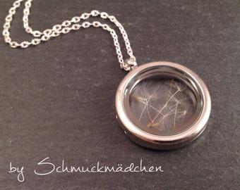 Medallion Silver Flower necklace