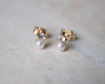 Birthstone Earring in 14 Karat Gold