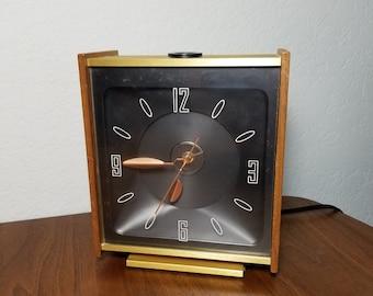 Mid Century Table Desk Clock