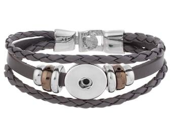 "Snap button ""leather"" bracelet"