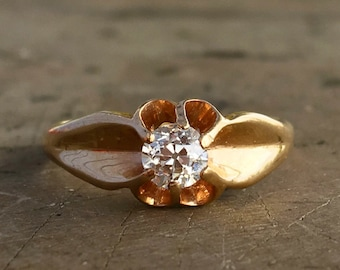 Victorian Diamond Ring/ Antique Belcher Setting / Gold