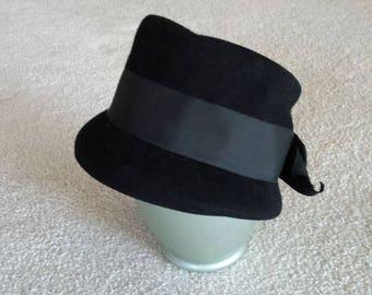 Vintage Henry Pollak of New York Black Wool Felt Ritz Hat, Chapeau, 100% Wool Cloche