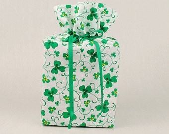 St. Patrick's Day Tissue Box Cover Shamrock Kleenex Box Cover Clover Leaf Tissue Box Holder Shamrocks Bathroom Accessories Bathroom Decor.
