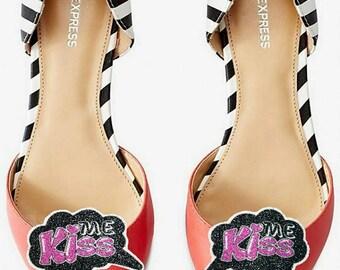 Kiss Me - shoe clips