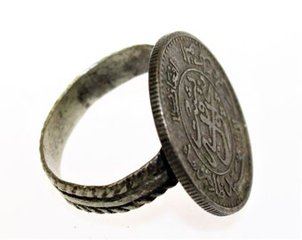 Tribalring with Coin, Distressed, Vintage Kuchi Nomad Tribal Ring made with a Coin, Tribal Fusion, Cosplay, LARP, Coin Ring