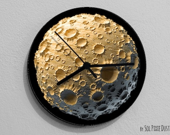 Planet  - Wall Clock