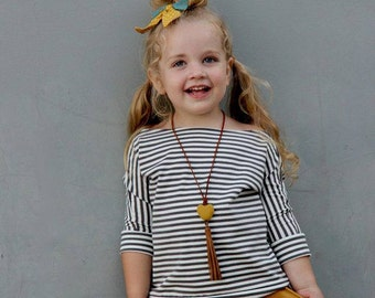 Claire Slouch Top in Gray Stripe