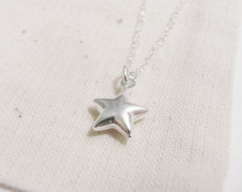 Look up to see the stars (necklace) - Small puffed sterling silver star