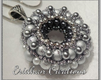 Beaded donut pendant - tutorial