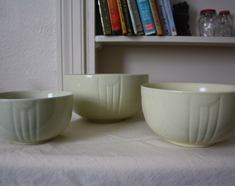 Set of three ceramic nesting bowls - Art Deco design