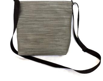 Small gray crossbody bag // iPad bag // Travel bag // Zippered crossbody // Passport bag