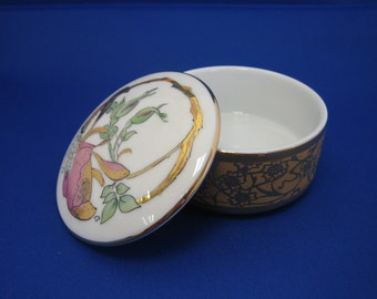 Art Nouveau porcelain trinket box