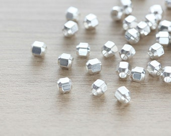 15 pcs of Geometric Polygon Silver Plated color Brass Jewelry Nugget Beads - 5mm
