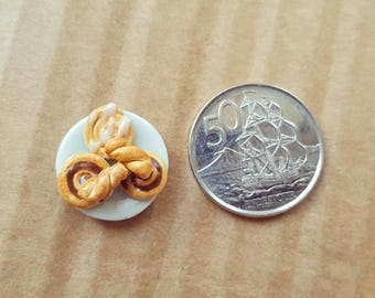 Miniature Side Plate with Pastries