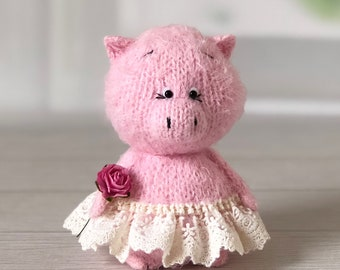 Happy Handmade Knitted Piggy Small Pink Pig Stuffed Pig Plush Toy PigSoft Toy Amigurumi Decorative Toy for home Kid's Gift