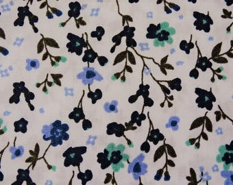 "Printed cotton fabric ""flowers"" pattern background white and green oil"