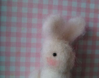 Animals and characters in felt wool