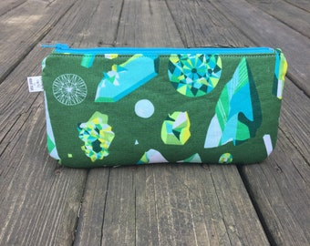 Simple zipper pouch / small bag
