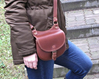 Small leather bag, crossbody bag, travelling bag, gift bag, leather satchel, small satchel, genuine leather bag, leather bag