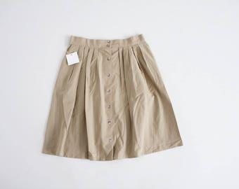 pleated tan skirt | button down skirt | 80s kaki skirt