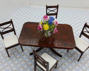 Renwal Dining room  Furnishings Table Chairs Flowers  Doll House Toy Miniatures