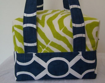 Lime and Navy LunchBox, Bento Box lunch Bag, Insulated, Zipper Lunch Cooler, Cosmetic Pouch, Makeup Carrier