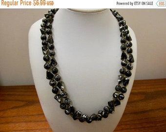 On Sale Vintage Black and White Sculptured Plastic Beaded Necklace Item K # 247
