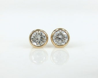 Round Diamond Bezel Set Stud Earrings - 0.20cts