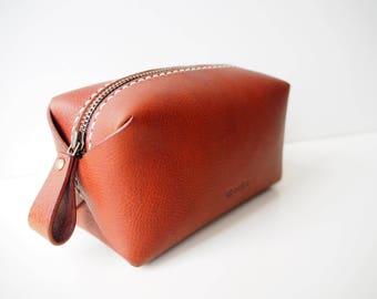 Leather Cosmetic Bag, Leather Makeup Bag, Leather Makeup Pouch, Leather Zipped Pouch, Leather Vanity Bag - Tan