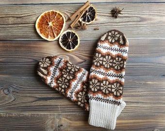 warm hand knitted merino wool mittens for girls women norwegian