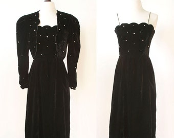 vintage 1980s dress and jacket <> early 1980s black velvet dress and jacket set <> 80s Lillie Rubin dress with rhinestones