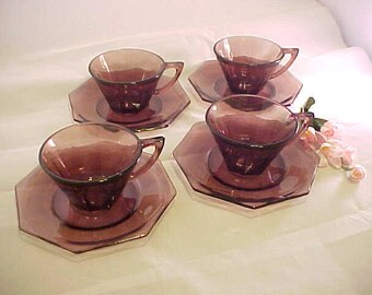 1960s Moroccan Amethyst Octagon Glass Tea or Coffee Cup and Saucer Sets (4), Hazel Ware Purple Mid Century Glassware