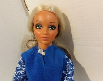 Tiffany Taylor doll with full set of clothes, READY TO PLAY!