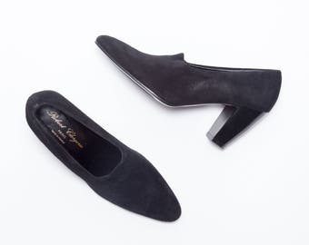 Robert Clergerie • Vintage Shoes • Stretch Suede Pumps • Heavy Leather Stack Heel • Classic Black Pumps • Made in France • Size 6.5