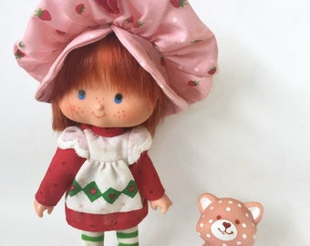 Vintage Strawberry Shortcake Doll with Custard Pet Kitty Cat
