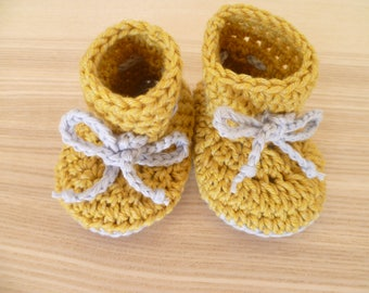 Baby booties, baby shoes, soft shoes, soft sole shoes, wool shoes, crochet booties, wool booties,