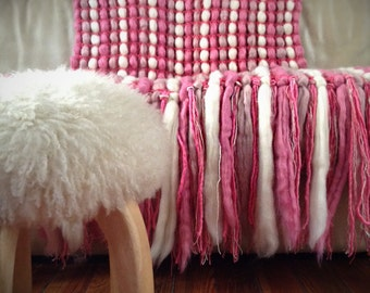 Woven Pink Chunky Blanket Wool Blanket Chunky Knit Throw Pure Wool Throw Poncho Blanket Girl Nursery Decor Knit Blanket Housewarming gift