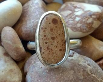 Beach pebble ring