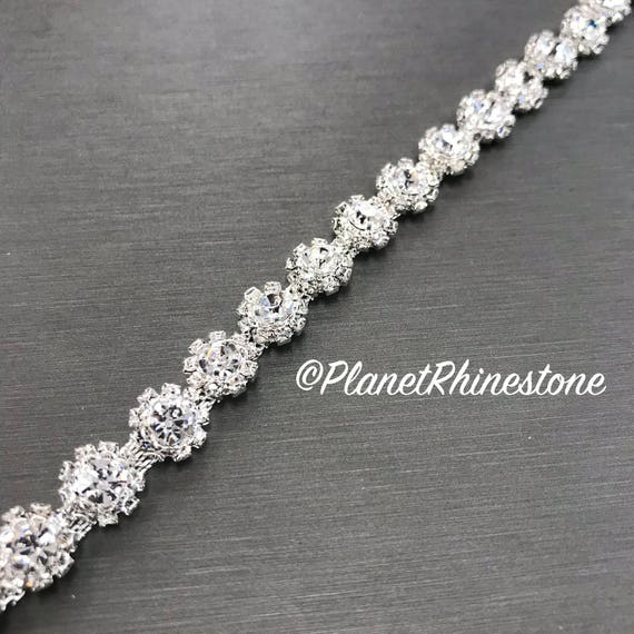 Silver Small Flower Rhinestone Trim #0104