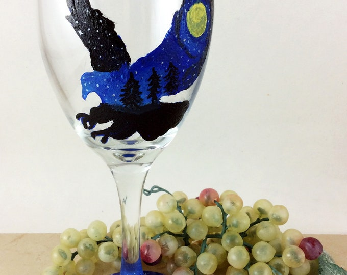 Wine Glasses, Custom wine glasses, Wine Lover Gifts, Eagle wine glass, Best friend gift, Gift for her, housewarming gift, Hand painted glass