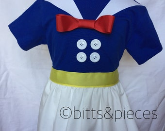 Donald Duck-inspired Comfy T-Shirt Dress, sizes 2, 3, 4, 5