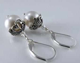 Botanische romanische Ohrringe - weiß Swarovski Kristall Perlen, Sterling Silber