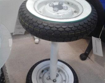 Pontedera - The Vespa wheel side table