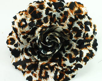 Leopard Animal Print Magnetic Hold Pinless Posie