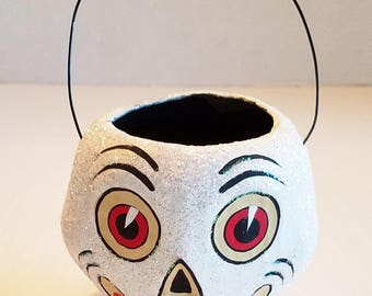 """Vintage HALLOWEEN Mini SKULL Trick Or Treat Basket Adorable Hand Painted 5"""" High Sparkle Handle Footed Collectable Holiday"""